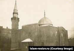 Ростовта 1906 елда татарлар төзеткән мәчет