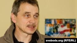 Анатоль Лябедзька пасьля вызваленьня з турмцы КДБ
