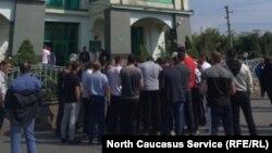 Собрание у Северо-Осетинской таможни, 16 сентября 2019 г.