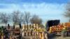 Придорожная торговля сельхозпродуктами на трассе Ашхабад-Мары