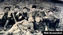 Магомадов Хасуха а (хьалхара могIа, сирлачу духарахь), нохчийн гIаттамхой а, 1930-гIа шераш.