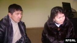 Родители подмененного ребенка - Сауле Бапаева и Нурлыбай Ашыкбаев. Атырау. 16 января 2010 года.