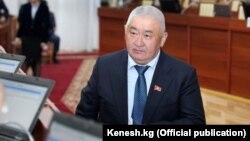 Депутат Жогорку Кенеша Зарылбек Рысалиев.
