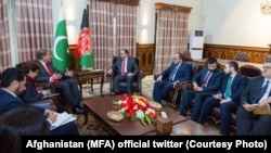 FILE: Meeting between Afghan and Pakistani foreign ministers in Kabul in December 2018.