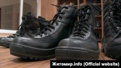 Берці, які виробляє ТОВ «Українська промислова компанія «Крок»