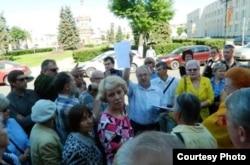 Встреча активистов у муниципалитета