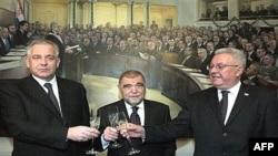 premijer Ivo Sanader, predsjednik države Stipe Mesic i predsjednik Sabora Luka Bebić, 11. siječnja 2008