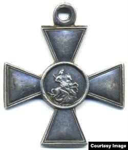 Георгиевский крест, одна из самых почетных наград в русской императорской армии