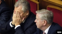 В ходе дипломатической миссии на Украине Александру Квасьневскому пришлось пережить немало трудных минут
