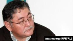 "Главный редактор газеты ""Жас Алаш"" Рысбек Сарсенбай."