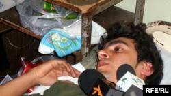 Aqil Xəlil 2008-ci ilin martın 13-də bıçaqlanıb