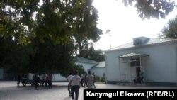 Подростки в Бишкеке