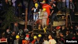 Түркия шахтада калгандарды куткаруу. 13-май, 2014-жыл.