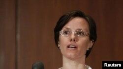 سارا شورد در نشستی خبری در سال ۲۰۱۰