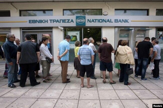 Španija, Grčka i Portugalija, koje su uštedele stotine milijarde vraćajući dugove po nižim stopama