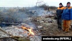 На месте снесенных и разрушенных домов в белорусской деревне Павловичи. 5 декабря 2012 года.