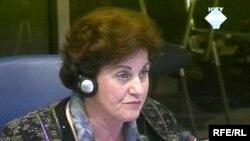 Fatima Zaimović svjedoči na suđenju Radovanu Karadžiću 6. maja 2010 godine