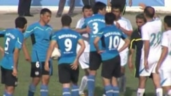 A heated Tajik football match between fierce rivals Ravshan Kulob and Istiqlol Dushanbe resulted in sanctions against several Istiqlol players. (TV screengrab)