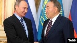 Ресей президенті Владимир Путин мен Қазақстан президенті Нұрсұлтан Назарбаев.
