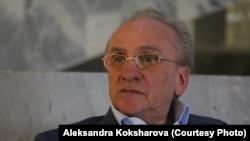 Анатолий Смелянский