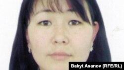 Орозбек кызы Надира (Cүрөт кыздын интернеттеги социалдык баракчасынын алынды).
