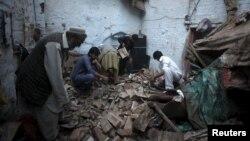 Pamje nga shkatërrimet që ka shkaktuar tërmeti i sotëm në Pakistan