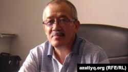 BestCard компаниясының басқарушысы Құрманбай Сүйіншәлиев. Алматы, 23 тамыз 2012 жыл.