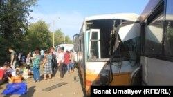 Столкновение двух маршрутных автобусов в Уральске, в котором пострадало 58 человек. 24 августа 2017 года.