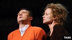 """""""Калигула"""" Альбера Камю на сцене Театра Наций"""