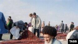 Aşgabat, haly bazary