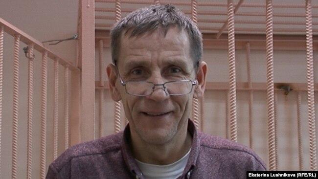 Правозащитник Петр Курьянов