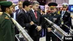 Президент України Петро Порошенко під час візиту до ОАЕ (ілюстраційне фото)
