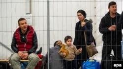 Мигранты в Австрии. Иллюстративное фото.