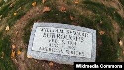 William Burroughs-un məzarı
