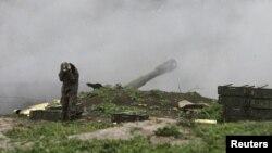 Qarabağda erməni artilleriyası.