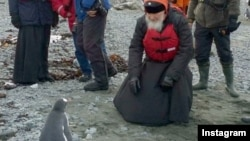 Patrijarl Kiril posmatrao pingvine na Antarktiku