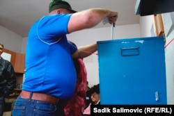 In October 2014, the OSCE's election-monitoring division documented multiple complaints about vote buying and voters going into polling booths with premarked ballots. (file photo)