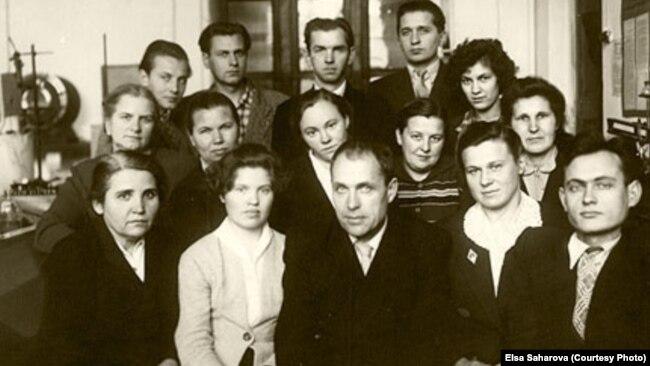 Армин Стромберг с сотрудниками кафедры, начало 1960-х годов