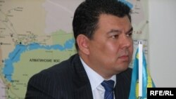 KEGOC АҚ-ның президенті Қанат Бозымбаев. Бурабай, 14 қазан, 2009 жыл.