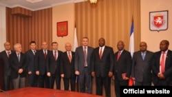 Власти Крыма с делегацией из Зимбабве