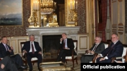 France - Foreign Ministers Edward Nalbandian of Armenia and Elmar Mammadyarov of Azerbaijan meet with international mediators in Paris, 27Oct2012.