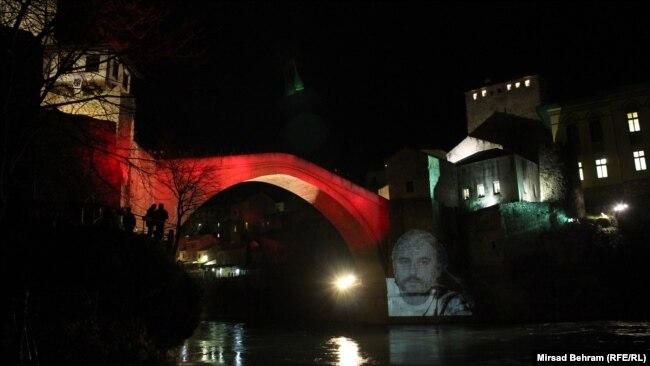 Kako se Mostar oprostio od Predraga Lucića: Stari most,, 11. januar