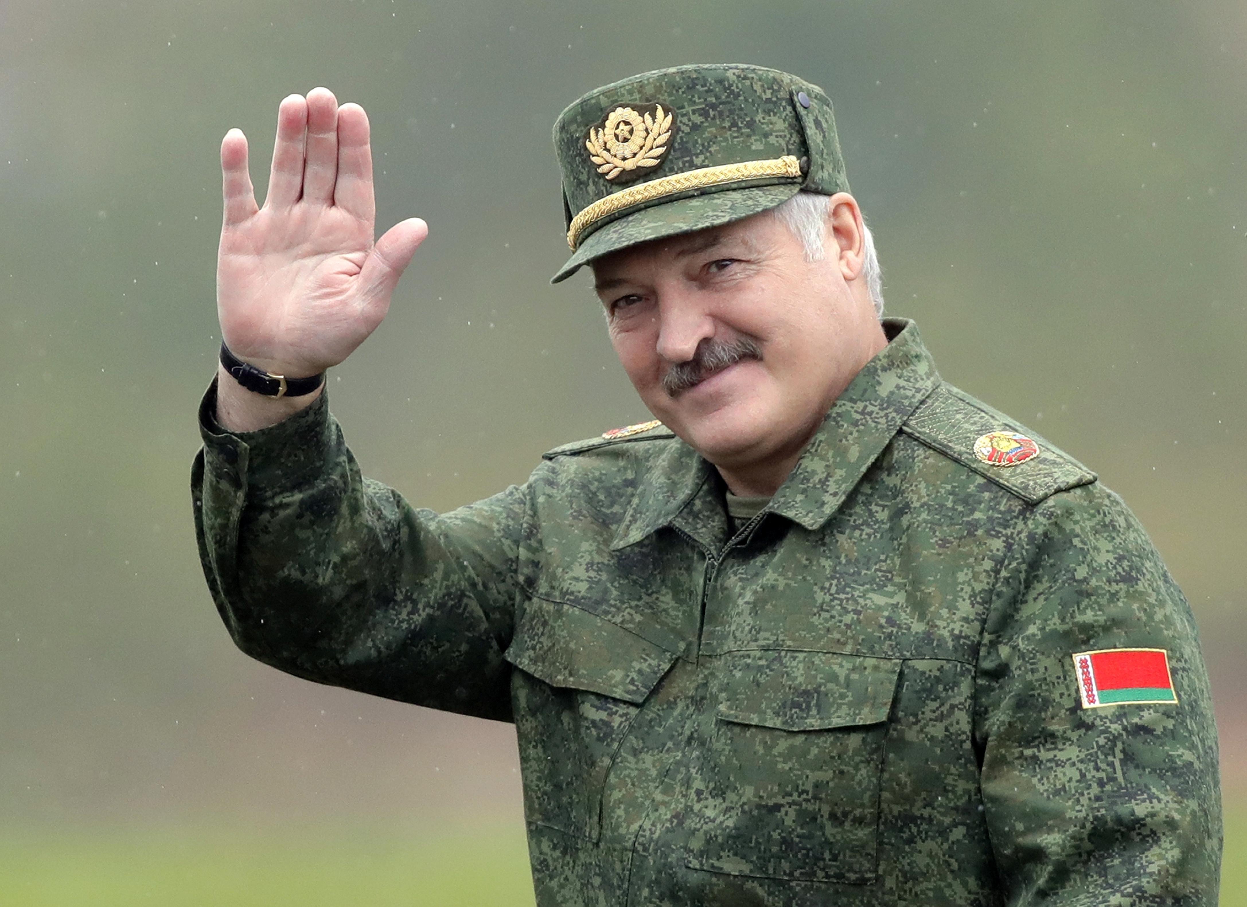 Хто з кандыдатаў на прэзыдэнта хоча быць падобным на Лукашэнку?