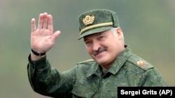 Аляксандар Лукашэнка на вучэньнях «Захад-2017»