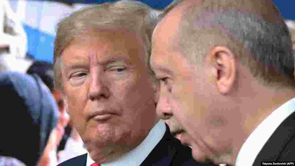 ТУРЦИЈА - Турскиот претседател Реџеп Таип Ердоган и американскиот претседател Доналд Трамп се договориле да ја избегнаат празнината на власта во Сирија по американското повлекување од таа земја.