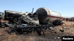 Последствия взрыва грузовика в Сирии (город Турманин)