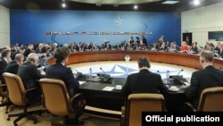 Belgium - Armenian President Serzh Sarkisian meets with members of NATO's North Atlantic Council in Brussels, 6Mar2012.
