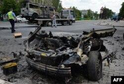 Взорванная машина Дениса Пушилина