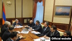 Совещание у президента Армении по вопросам судебно-правовой системы, Ереван, 22 декабря 2011 г.