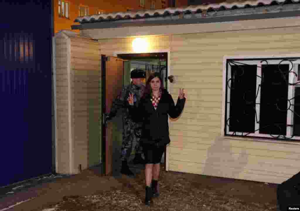 Надежда Толоконникова выходит на свободу, 23 декабря 2013 года
